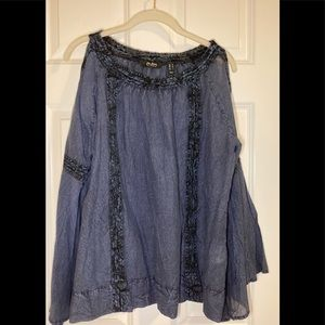 NWOT Du Jour blouse with bell sleeves.